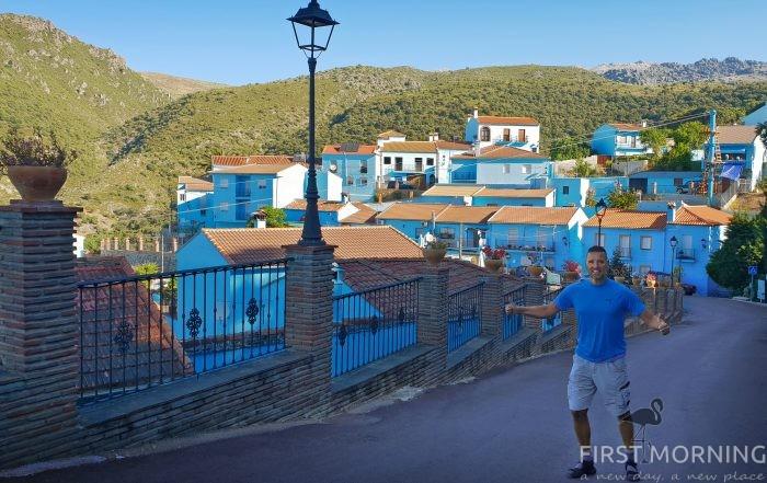 Juzcar - den blå byn. Världens första (och enda?) smurfby i Andalusien, Spanien. - First Morning